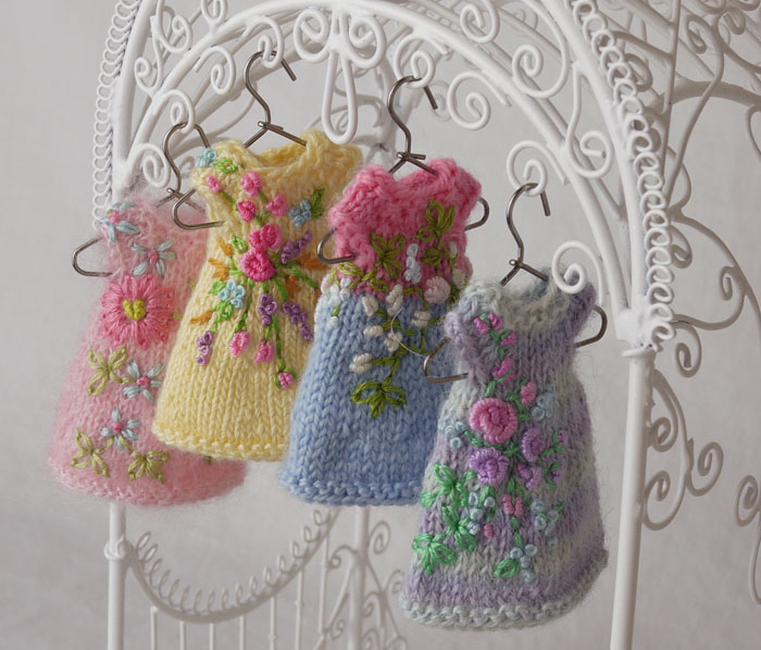 Amelia thimble s new dresses from the garden cindy rice