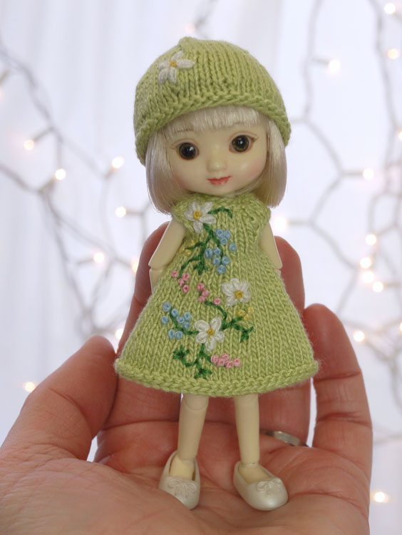 tiny bit o' green 426