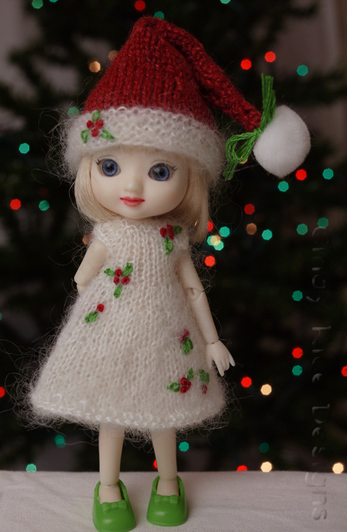 tiny holly elf 625
