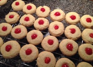 baking cookies 1505