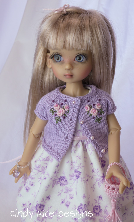 little lady in lilac 210