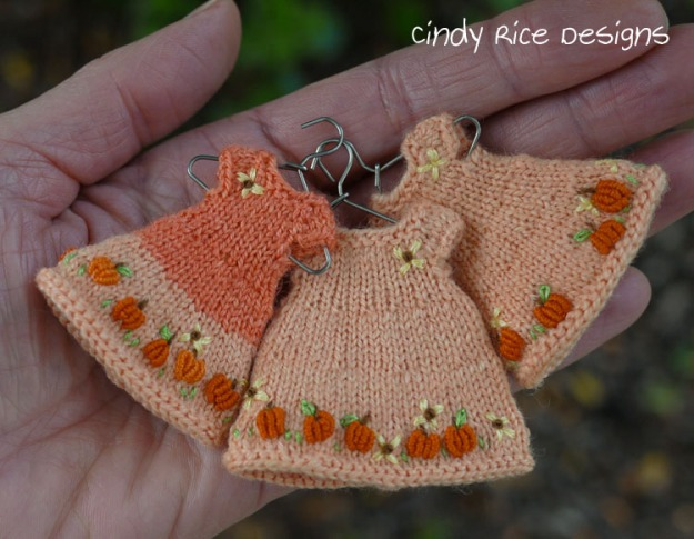 3 pumpkin dresses 956