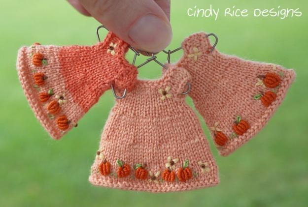 3 pumpkin dresses 958