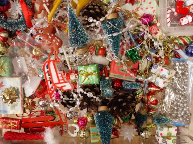 christmas trinkets 065
