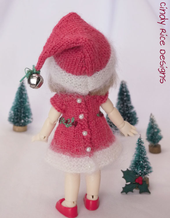 tiny holly helper 670