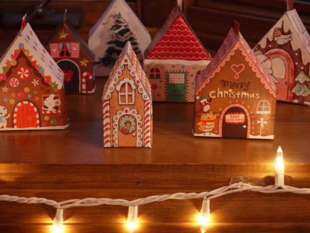 christmas paper houses 050