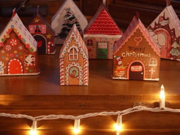 christmas paper houses 050