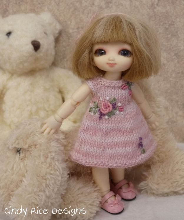 rosy cute 740