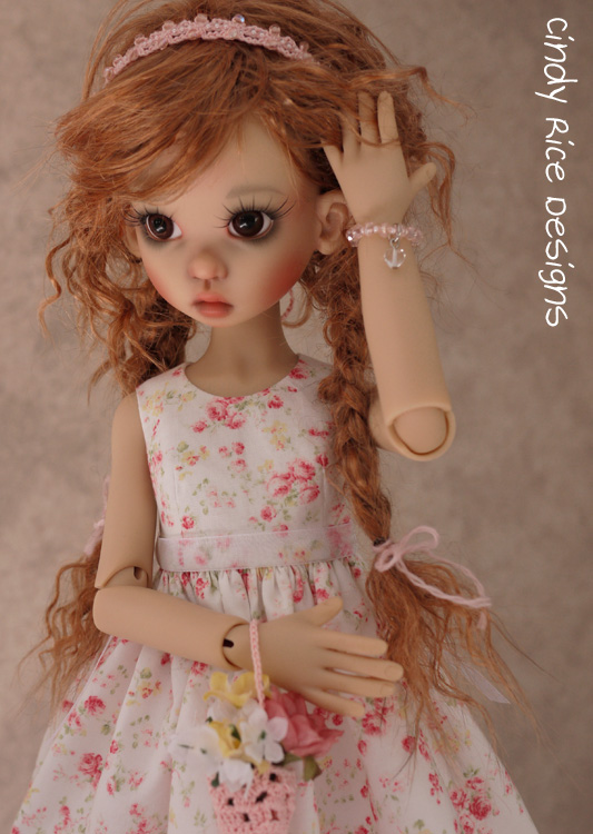 gracie in talyssa's wig 064
