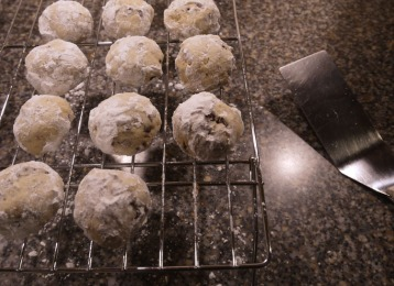 snowball cookies 376