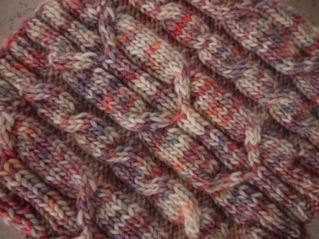 spikelets cowl 558