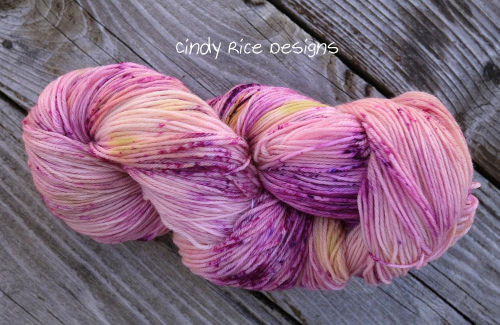 dyed yarn 332
