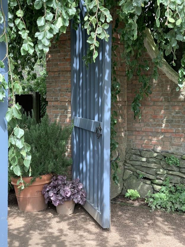 2019 english garden 4365