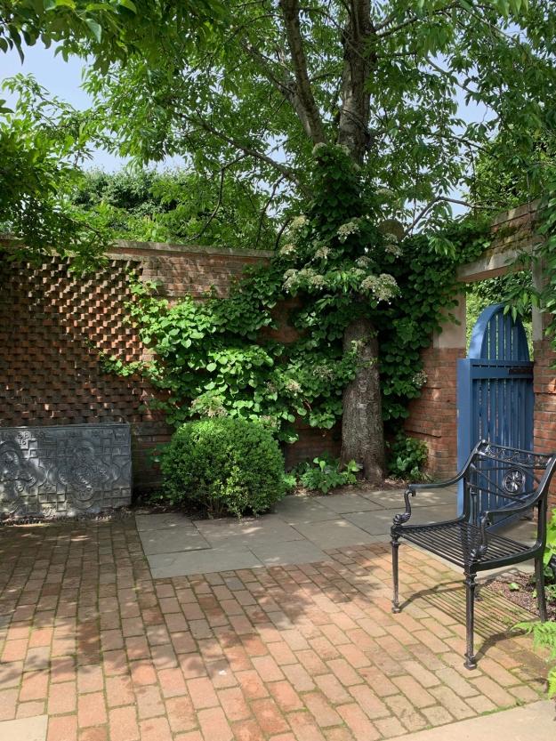 2019 english garden 4373