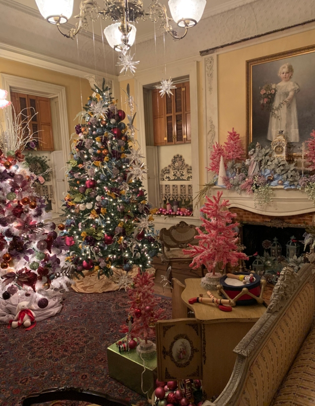 2019 christmas pabst mansion elsbeths bedroom 4904