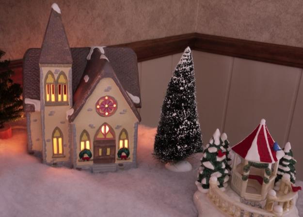 2019 snow village 334